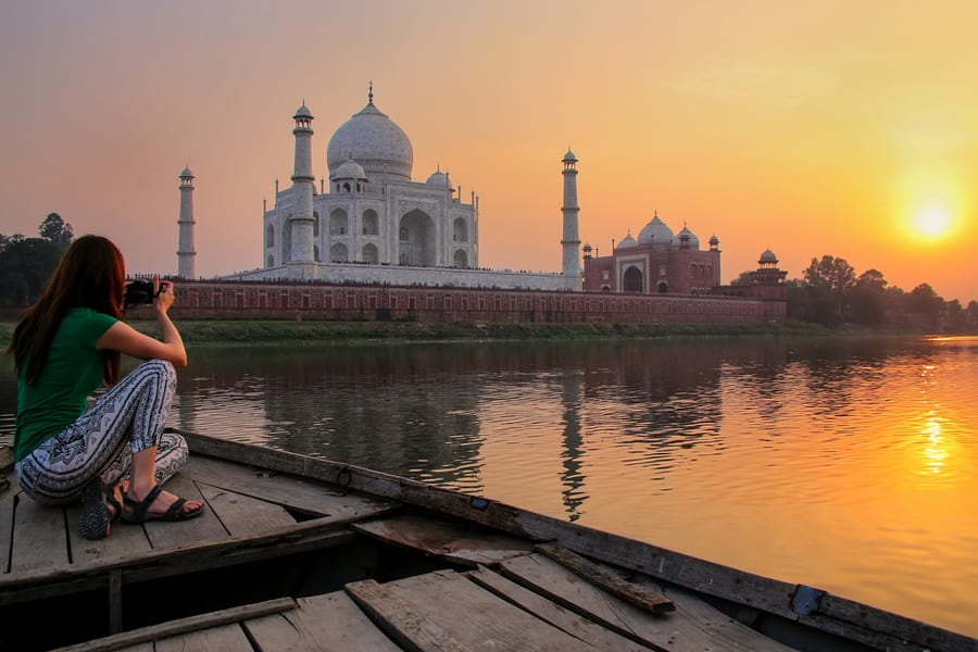 Day 2 Delhi To Agra | Home to Magnificent Taj, One of the Seven Wonders in the World